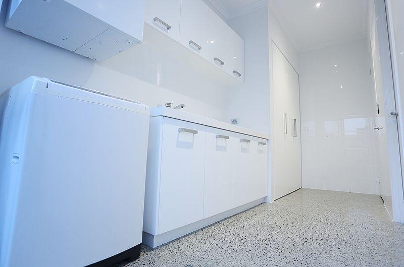 mt-claremont-laundry.jpg
