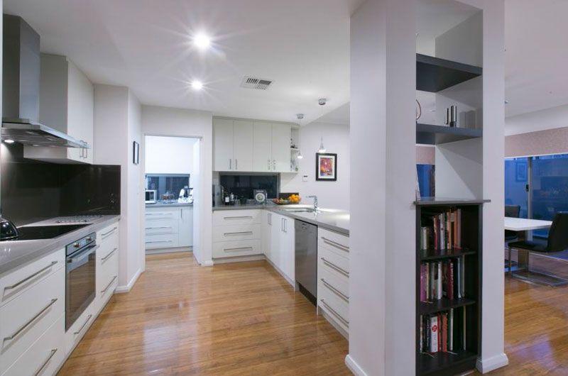 gall-cb-claremont-2-kitchen.jpg