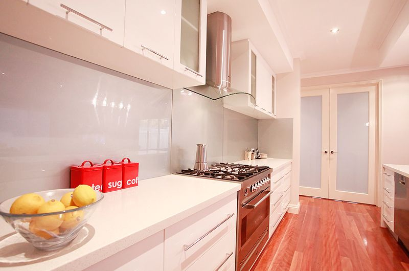 gwelup-custon-galley-kitchen.jpg