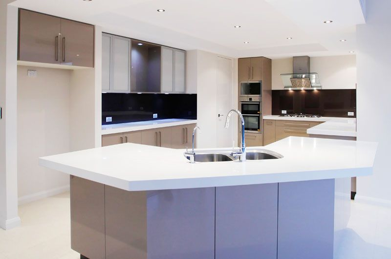 karrinyup-custom-built-kitchen.jpg