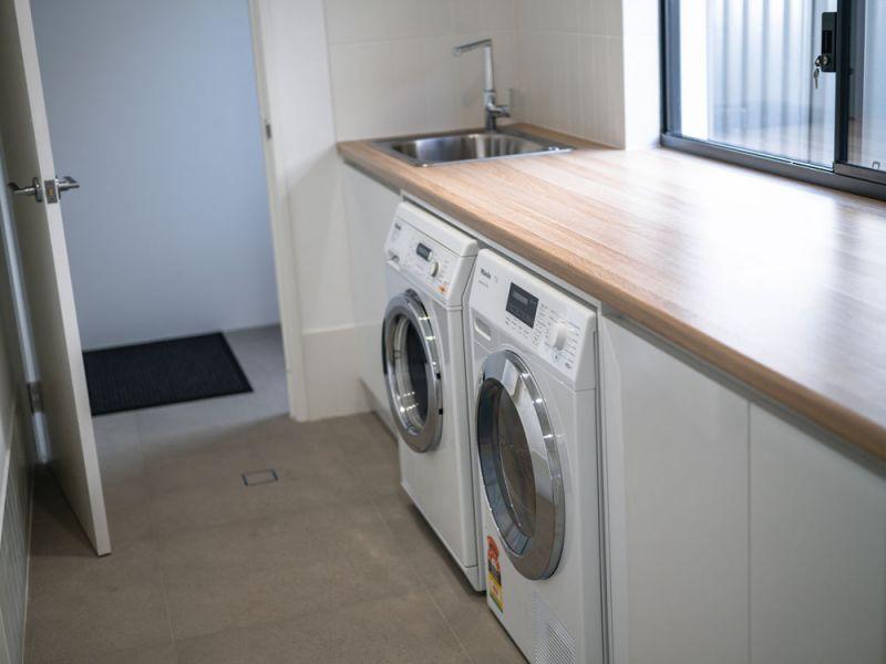 grant-st-laundry.jpg