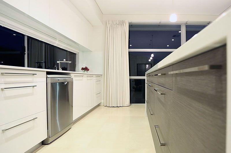 custom-applecross-kitchen.jpg
