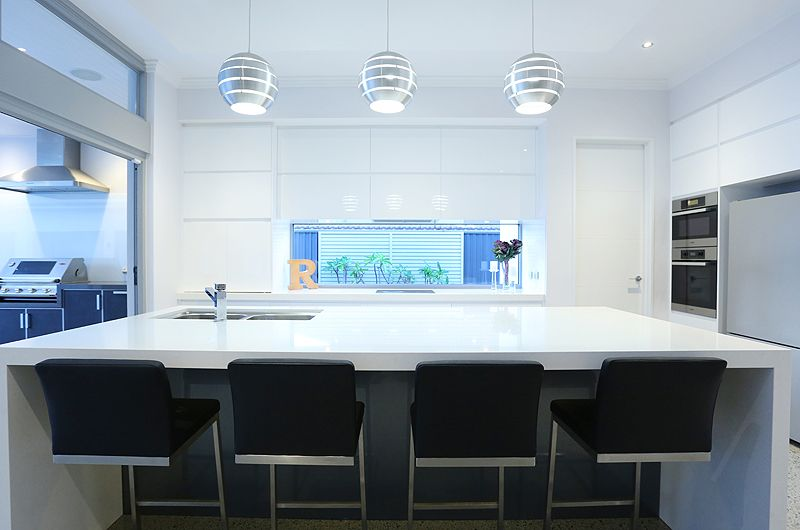 mt-claremont-kitchen.jpg